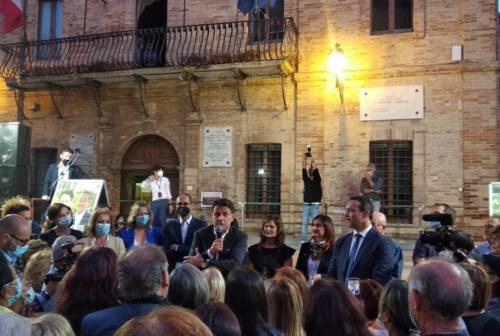 Castelfidardo accoglie Giuseppe Conte a sostegno della candidatura dell'attuale sindaco Roberto Ascani