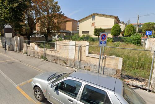 Jesi, un parcheggio al posto dell'ex circolo di via Garibaldi