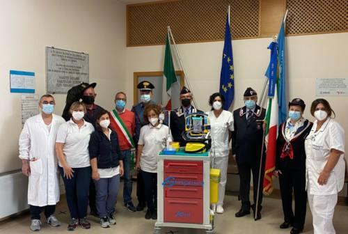 Un aspiratore all'ospedale di Arcevia: ecco il dono dell'associazione dei Carabinieri