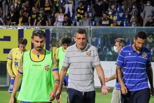 Fermana, si è dimesso il tecnico Maurizio Domizzi. A breve l'annuncio del sostituto