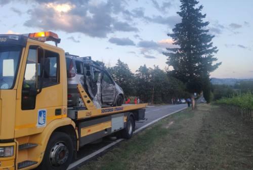 Urbisaglia: auto contro albero, muore un ragazzo di 12 anni
