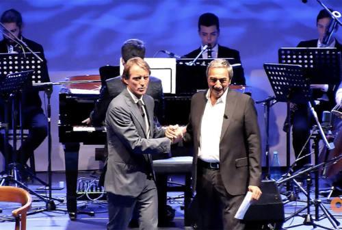 """""""Mancini Day"""", l'abbraccio di Jesi al suo mister – VIDEO"""
