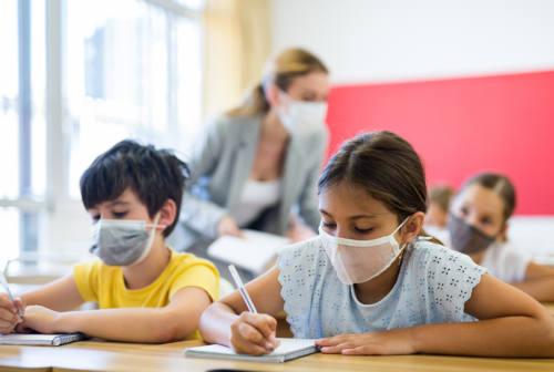 Scuola, Acquaroli agli studenti: «Massima attenzione». Sul Green pass in Consiglio: «Governance Aula va rispettata»