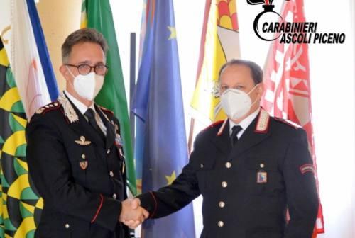 """Carabinieri di Ascoli: ad Antonio Iesce la """"Carica Speciale"""" per i suoi 33 anni di servizio"""
