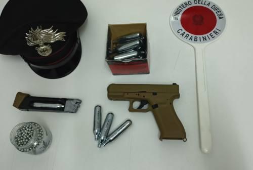 Ascoli, spara e colpisce un Tir in transito: denunciato dai carabinieri