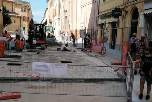 Jesi, prende forma la pavimentazione di Corso Matteotti