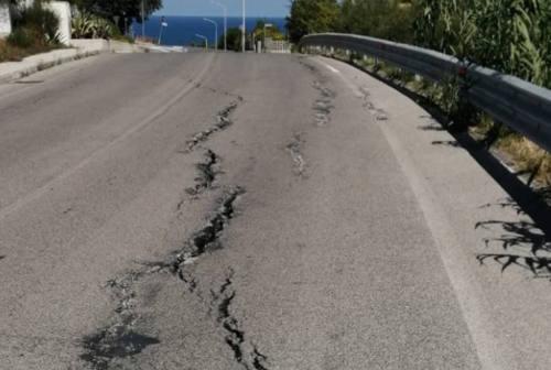 Crepe in via San Arco a Montemarciano: chiusa la corsia sud, residenti preoccupati