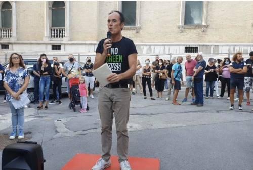 Assalto alla Cgil, Gianangeli (Italexit): «Manifestare pacificamente è un diritto. Revocare il Green pass, crea tensione»