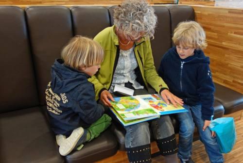 Festa dei nonni, Cesaroni: «Non si può essere genitori due volte, sono ruoli che si giocano una sola volta nella vita»