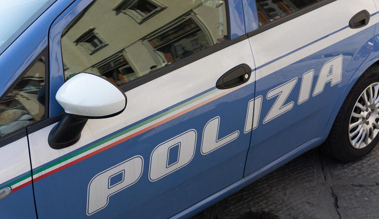 polizia, volante, squadra mobile