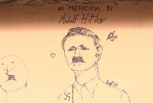 Mondolfo, graffiti antisemiti in via Fermi: disegnate svastiche e la sagoma del Führer