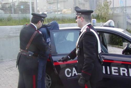 Montefano, chiede mille euro per restituire i documenti a una donna. Arrestato per estorsione