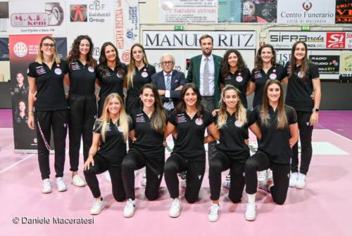 Pallavolo, la Cbf Balducci pensa all'esordio in campionato. Il libero Bresciani: «La mia esperienza al servizio della squadra»