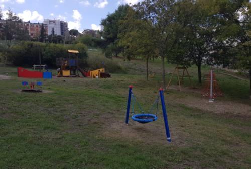Falconara, nuovi giochi al parco Robinson e negli asili nidi. Oggi l'inaugurazione