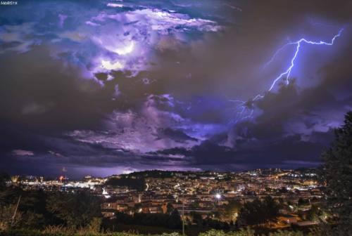 Ancona nello scatto apocalittico di Andrea Amici: la foto è incredibile