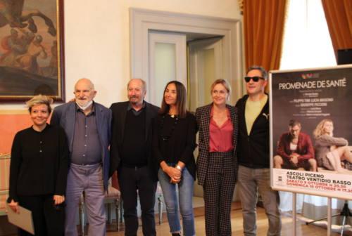 Ascoli, Piccioni al debutto teatrale con Promenade de Santè: Filippo Timi e Lucia Mascino i protagonisti