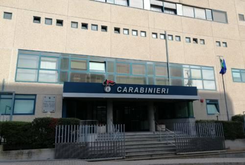 Pesaro, sfrattato rientra in casa sfondando la porta: arrestato