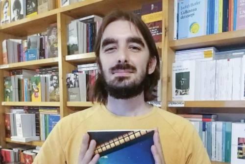 """La poesia arriva a Jesi. Ecco """"Corpo striato"""", il libro di Riccardo Frolloni"""