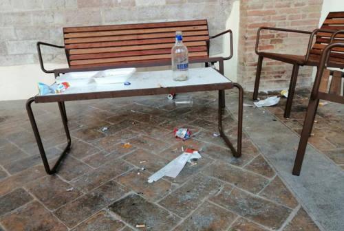 Vandali a Fabriano: Santarelli razionalizza l'accesso al Loggiato San Francesco