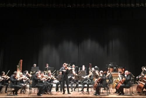 Fabriano, l'OrchestraFilarmonica Marchigiana suona a teatro con il pubblico