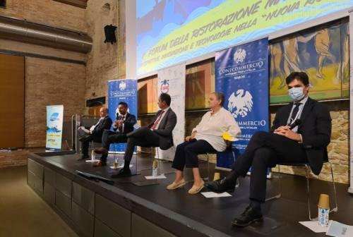 Primo Forum della Ristorazione nelle Marche, il ministro Garavaglia: «Serve un piano enogastronomico»