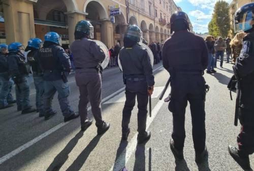 Green pass, Ciccioli (FdI): «Obbligo alimenta divisioni». Coltorti (M5s): «Preoccupano disordini»